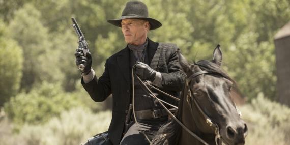 ed-harris-in-westworld-season-1-episode-2