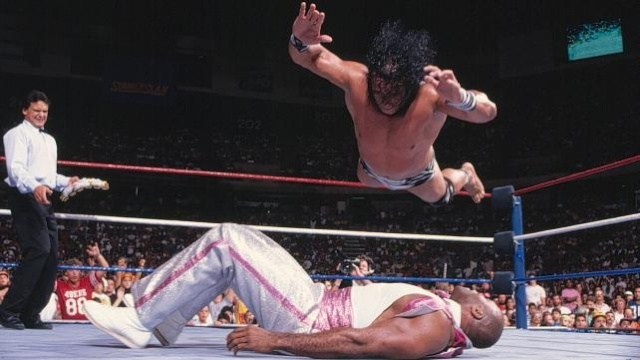 jimmy_snuka_superfly_splash_on_virgil_hiv5sujt-sized