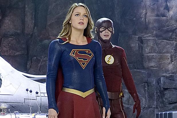 supergirl-the-flash-still