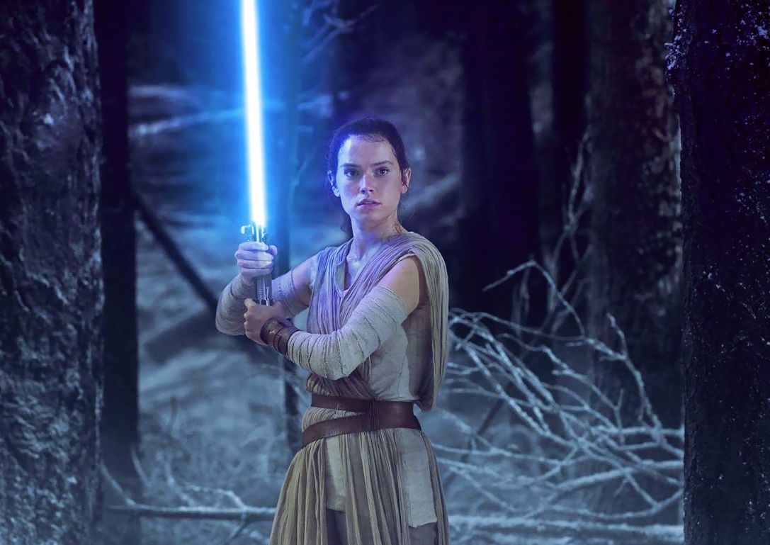 rey-isn-t-a-jedi-in-star-wars-episode-8-says-daisy-ridley-but-is-jyn-erso-her-mother-929889